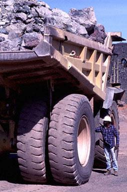 heavy pit truck